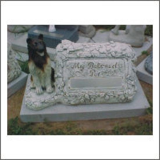 My Beloved Pet incl.statue & base stone